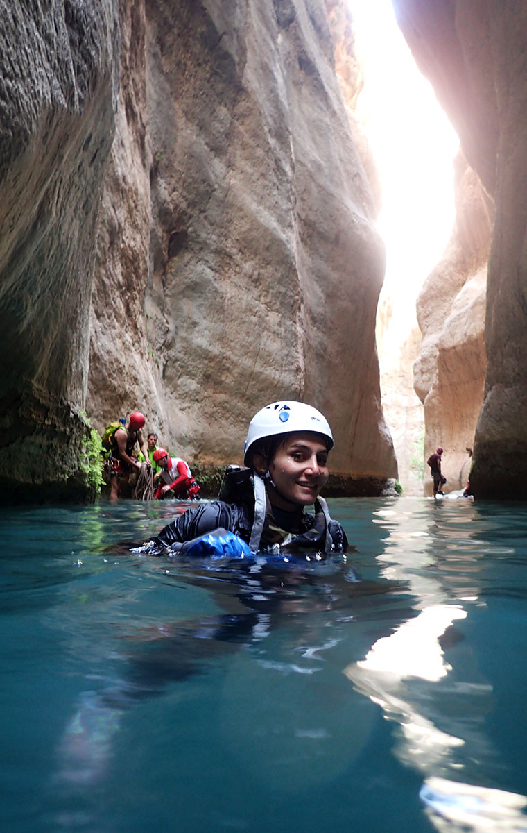 Canyon Tour guide in Iran